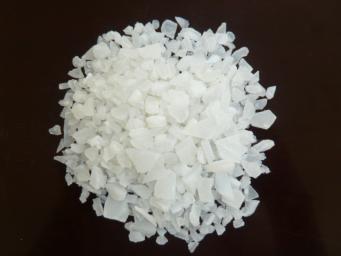 无铁硫酸铝片状